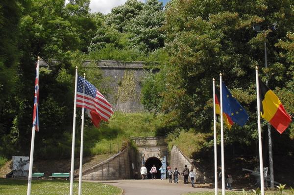 citadelle-souterraine-entree-666-324